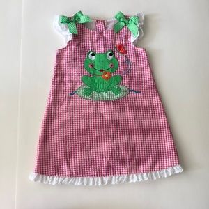 Summer Frog Pink Gingham Dress with Bow and Lace